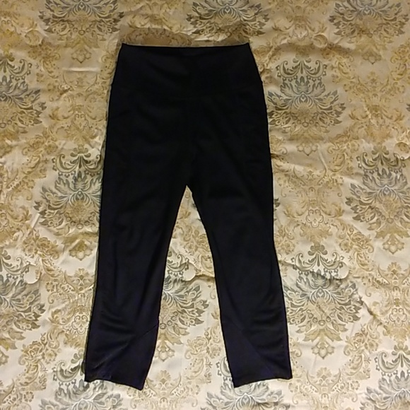 6d14ef08693e2 Avia Pants | Womens Active High Rise Performance Capri | Poshmark